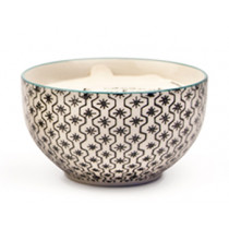 Candle in a Hand Painted Bowl - Earl Grey and Lavender